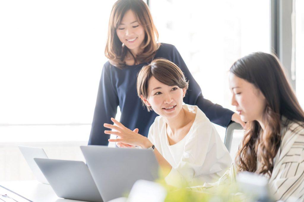 在宅勤務で見直される 「社内報」というコミュニケーションツール